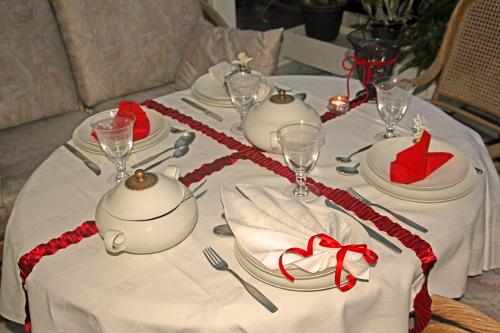 Tisch_alle